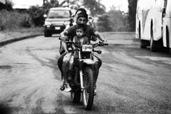 (María Granados) Tags: blackandwhite baby blancoynegro ecuador moto niño motocicleta chimborazo motocicle
