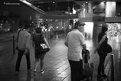 Street Photo - Tsim Sha Tsui (kelvintkn) Tags: street leica blackandwhite bw digital 35mm hongkong prime streetphotography rangefinder  manualfocus tsimshatsui  mmount leicam8 leicasummicronm35mmiv