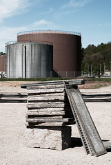 Pile (ZRQ73P) Tags: industry oil powerstation