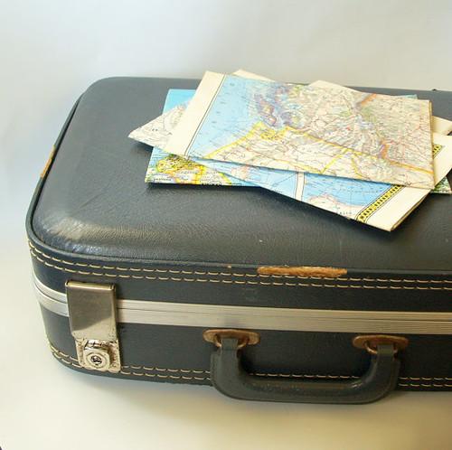 VINTAGE LUGGAGE SUITCASE Blue Small Suit Case Antique Hard Side Mid Century  Old Suitcase for Photo 08e8e8e9c7