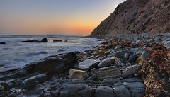 He is no fool who gives what he cannot keep to gain what he cannot lose... (ferpectshotz) Tags: losangeles pacificocean socal southerncalifornia pacificcoast urbanwilderness cabrillobeach rockyshoreline