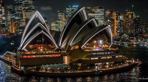 2016 - Sydney - Night at the Opera