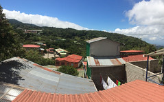 "Santa Elena: vue depuis notre balcon <a style=""margin-left:10px; font-size:0.8em;"" href=""http://www.flickr.com/photos/127723101@N04/26927742261/"" target=""_blank"">@flickr</a>"