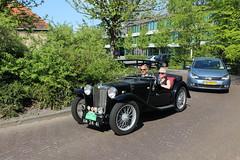 1936 MG Midget TA (Davydutchy) Tags: classic netherlands car rally nederland convertible mg oldtimer frise midget ta cabrio paysbas friesland niederlande cabriolet bolsward klassiker frysln elfstedentocht frisia vetern boalsert