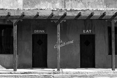 (el zopilote) Tags: street bw signs newmexico blancoynegro architecture canon eos blackwhite noiretblanc nb bn fullframe digitalbw townscape smalltowns carrizozo canonef24105mmf4lisusm 5dmarkii bndigital