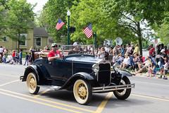 IMG_2848 (marylea) Tags: classic car vintage classiccar parade memorialday 2015 may25 memorialdayparade