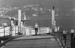 L'attracco a Cernobbio (sirio174 (anche su Lomography)) Tags: navigazione cernobbio battello attracco pontile lago lake lagodicomo comolake