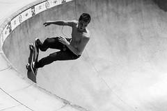 Venice Beach Skateboarder (gary.loitz.photo) Tags: california venice blackandwhite bw white black beach sports monochrome canon action skateboarder sl1