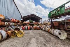 Rcupration agricole, Pices d'occasion  Talcy (Pierre ESTEFFE Photo d'Art) Tags: france pice tracteur bote roue moteur jante talcy rechange moissonneuse loircher41