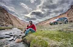 #GoMissing... (The Canon Fanboy) Tags: sunset sunrise river landscape lost dawn asia dusk renault wanderlust duster leh tranquil himalayas cloudporn ladakh traveldiaries