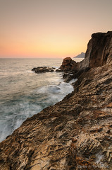 Se nos fue el sol (Only Raw) (Carlos J. Teruel) Tags: mar mediterraneo murcia rocas lightroom marinas d300 lr4 xaviersam singhraydarylbensonnd3revgrad onlyraw carlosjteruel