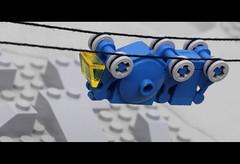 Anglų lietuvių žodynas. Žodis cable-car reiškia n lyninis tramvajus, funikulieriaus vagonas, lyninio keltuvo kabina lietuviškai.