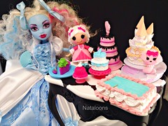 Let them eat cake! (Nataloons) Tags: abbey monster cake marie toy la high doll dress sweet anniversary mini disney antoinette cinderella rement 50th mga mattel suzette explored monsterhigh lalaloopsy bominable abbeybominable