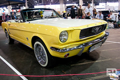 """Ford Mustang • <a style=""""font-size:0.8em;"""" href=""""http://www.flickr.com/photos/54523206@N03/7039016043/"""" target=""""_blank"""">View on Flickr</a>"""