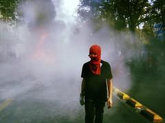 Bienaventurados los solitarios, el caos del mundo les pertenece (ASPHYXIA 2.0) Tags: chile santiago students fight riot photojournalism riots protests 2012 teargas studenti 1stmay manifestations clashes rivolta emeute tiqqun