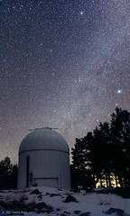 Milky Way and the LONEOS Dome (Jeremy P Perez) Tags: nightscape observatory astronomy milkyway