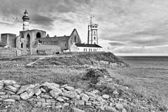 La pointe Saint-Mathieu (Olivier1975) Tags: zeiss iso100 f45 ze pointesaintmathieu canon5dmarkii distagont1435 flickrstruereflection1