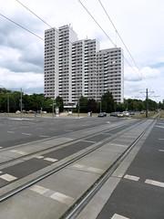 1968-1992 Leninplatz. (II) / Hochhausturm, Heinz Mehlan, WHH GroTafel, 1967. (Martin Maleschka) Tags: b berlin plattenbau 1967 platte friedrichshain 2012 platzdervereintennationen henselmann berlinfriedrichshain leninplatz whhgt 19681992 hochhausturm martinmaleschka heinzmehlanhermann
