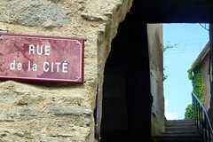 Siran: Auf dem Dorfrundgang (HITSCHKO) Tags: france frankreich aude minervois canaldumidi languedocroussillon hérault payscathare siran minervoise katherer