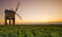 Chesterton Windmill (Vemsteroo) Tags: light sunset england nature windmill canon landscape evening countryside dusk 09 7d nd fields chesterton 1022mm warwickshire leefilters