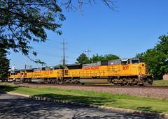 Triple Big Mac (The Mastadon) Tags: road railroad chicago train illinois midwest rail railway trains il transportation locomotive railroads chicagoland douchebag flatlander midwestern