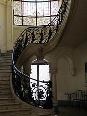 Ancienne chambre de commerce (1900)  21 avenue Flix Viallet/6 boulevard Gambetta, Grenoble (38) (Yvette Gauthier) Tags: architecture grenoble artnouveau 1900 38 isre bellepoque chambredecommerce londufour milerabilloud xavierborgey