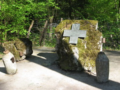 2012-050316 (bubbahop) Tags: plaque memorial ruins thirdreich nazis wwii poland polish front worldwarii former wolfs eastern hitlers worldwar2 lair hqs sappers ketrzyn wolfsschanze giero gierloz ktrzyn