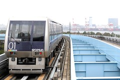 Yurikamome Line (transitpeople) Tags: public japan train tokyo rail line transit mass yurikamome vision:outdoor=099