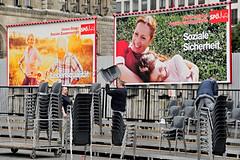 010516_140   Mai-Aufmarsch der SP (2016) (the_apex_archive) Tags: vienna wien rot austria politik sterreich protest apex 1mai rathausplatz tagderarbeit partei sp sozialistische spaltung protestieren wienerrathausplatz sozialdemokraten innenpolitik sozialisten 152016 maiaufmarsch maikundgebung sozialdemokratischeparteisterreichs rotenelke sozialdemokratisch 010516 parteipolitik parteignger parteianhnger 1mai2016 porotestierten ssozis parteispaltung
