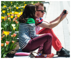 Spring Selfie :) (Joanne Levesque) Tags: flowers people fleurs spring couple tulips montreal candid botanicalgarden printemps gens selfie jardinbotanique tulipes scnederue nikond90