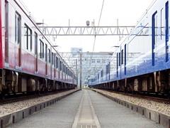 Keikyu Fine-tec Kurihama Factory  (: : Ys [waiz] : :) Tags: japan train symmetry  fujifilm s1  kanagawa railfan yokosuka keikyu    finepixs1     2100  1000