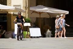 Arezzo Street Life (M.K.S. v i d e o • p h o t o g r a p h y) Tags: italien italy canon italia tuscany toscana toscane arezzo tuscani marksoetebier canoneos70d marksoetebierphotography mksvideophotography gruppofotograficolaterinese