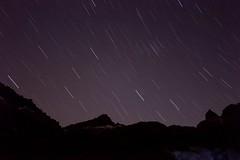 Startrails Pico Almanzor (Jesus DTT) Tags: circodegredos refugioelola largaexposición gredos almanzor montaña sistemacentral ávila navarredonda hoyosdelespino lagunagrande noche d3200 sigma1020f35