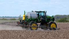 field illinois corn farm harvest equipment machinery fields farmer agriculture soybeans wwwbasicbillcom neslerkrueger neslerkruegergrainfarms