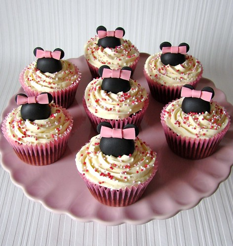 Minnie Mouse Cupcakes for Grace