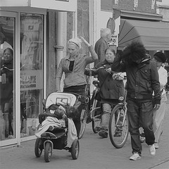 Hair (Akbar Simonse) Tags: street people urban bw reflection netherlands monochrome hair square zwartwit stroller candid streetphotography leeuwarden streetshot straat straatfotografie wandelwagen straatfoto straatfotograaf dedoka akbarsimonse