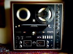 Sony TV-730 (Vedauwoo) Tags: sony tape reeltoreel reel