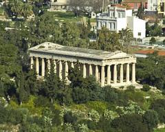 Temple of Zeus below the Acropolis (kimindergand) Tags: temple ruins athens unesco worldheritagesite parthenon greece zeus acropolis ancientgreece greekgods greektemple