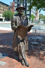 Johnny Mercer statue at Ellis Square. The bronze statue of  songwriter and Savannah native Johnny Mercer (1909-1976) by Susie Chisholm was installed in 2009.