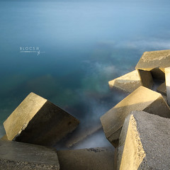 Blocs III (J. Tiogran) Tags: longexposure sea mar nikon tokina julin solana serrano largaexposicin nd400 kenko d5000 1116mm