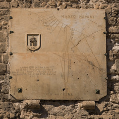 Old italian sundial, Tripoli, Libya (Eric Lafforgue) Tags: africa color clock architecture square outdoors italia time northafrica colonial nobody nopeople sundial medina libya tripoli libia libye libyen colorpicture lbia italiancolony libi libiya  ribia liviya libija colourpicture       lbija  lby  libja lbya liiba livi  a0014911