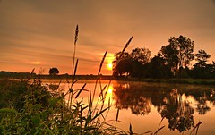 Sunrise Lassrnne (matt.koerner1) Tags: sunrise germany deutschland see raw pentax matthias sonnenaufgang niedersachsen lowersaxony k7 krner sigma18250 mattkoerner1 lassrnne
