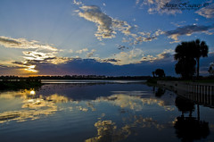 Sunset at the Jiggs landing Bradenton-Florida (Javier Huanay) Tags: sun nature reflections atardecer florida cloudy landing sunrays bradenton jiggs d7000