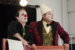20140426_0244_1 (SNAKY34) Tags: theatre alfred clowns avril 2014 brumm vendemian snaky34
