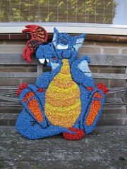 draak aquariumsteentjes (Alexandra!2010) Tags: hobby elf fairy alexandra klei werk keramiek draak zeepaardje eigen elfje tovenaar mozaek paverpol handwerken dankers formofit lexiescreatief