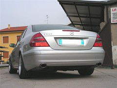 "mercedes_e240_v6_35 • <a style=""font-size:0.8em;"" href=""http://www.flickr.com/photos/143934115@N07/26887081874/"" target=""_blank"">View on Flickr</a>"