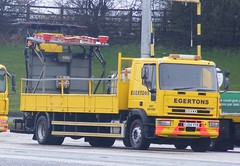 4271 - Egertons - YJ04 YYR - 008 (Call the Cops 999) Tags: uk england west manchester highway motorway britain united great north kingdom led east gb highways greater birch bound services recovery iveco rochdale m62 eastbound lightbar yyr egertons yj04