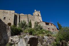 Eus - Au pied de l'glise Saint-Vincent-d'En-Haut (jpdelalune) Tags: france eus pyrnesorientales lesplusbeauxvillagesdefrance