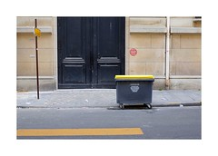 .. (lux fecit) Tags: urban paris textures walls yellows surfaces