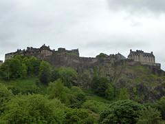 Edinburgh Castle (stillunusual) Tags: travel urban castle history landscape scotland edinburgh cityscape edinburghcastle urbanlandscape castlerock urbanscenery 2016 travelphotography historicalplaces travelphoto travelphotograph